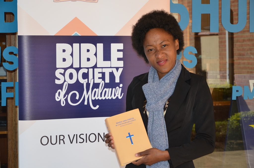 Bessie with Tumbuka Bible DC2