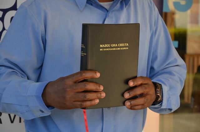 Kunje with Tumbuka Bible2